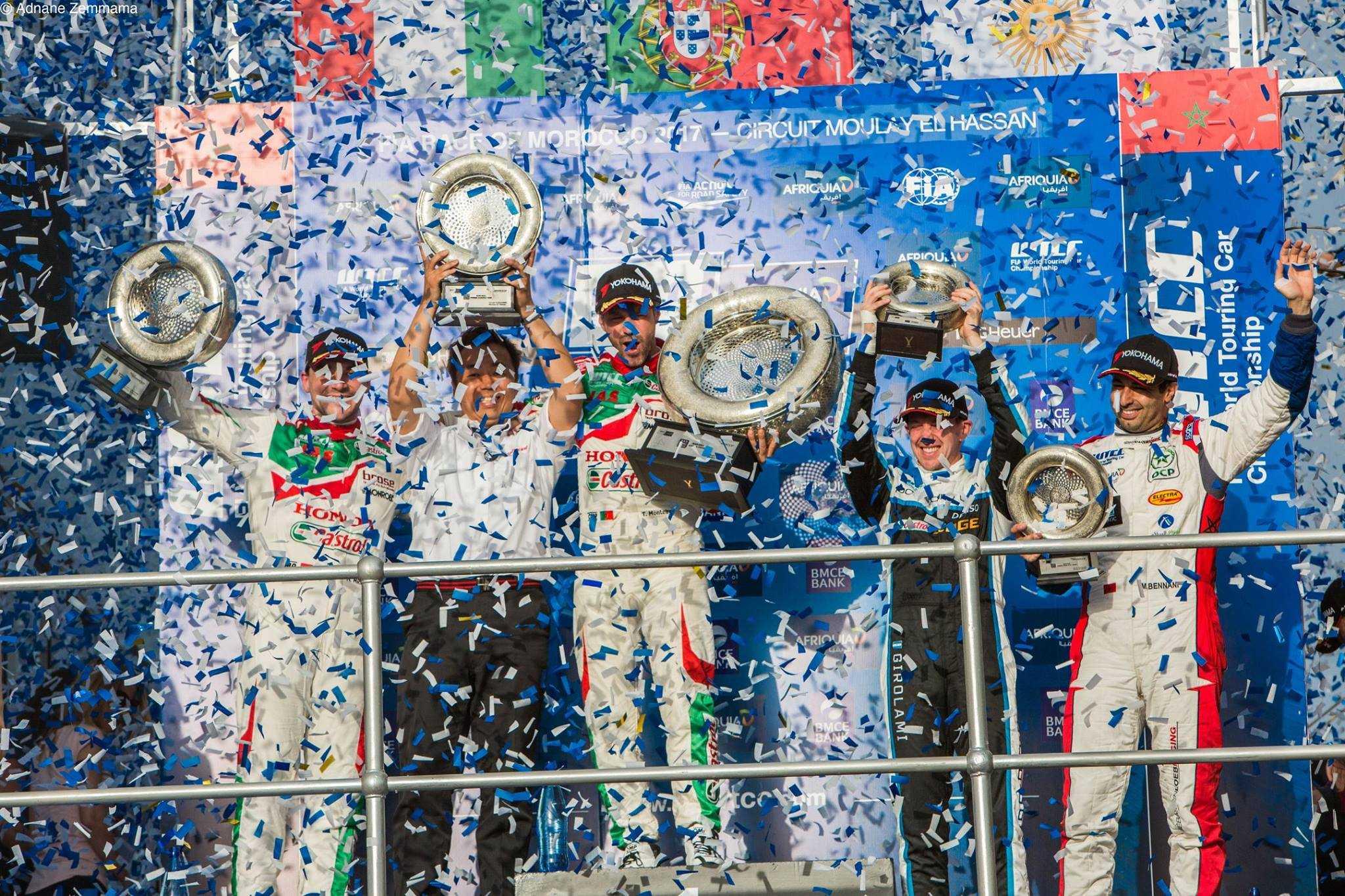 Le 8e Grand Prix de Marrakech sur la ligne d'arrivée