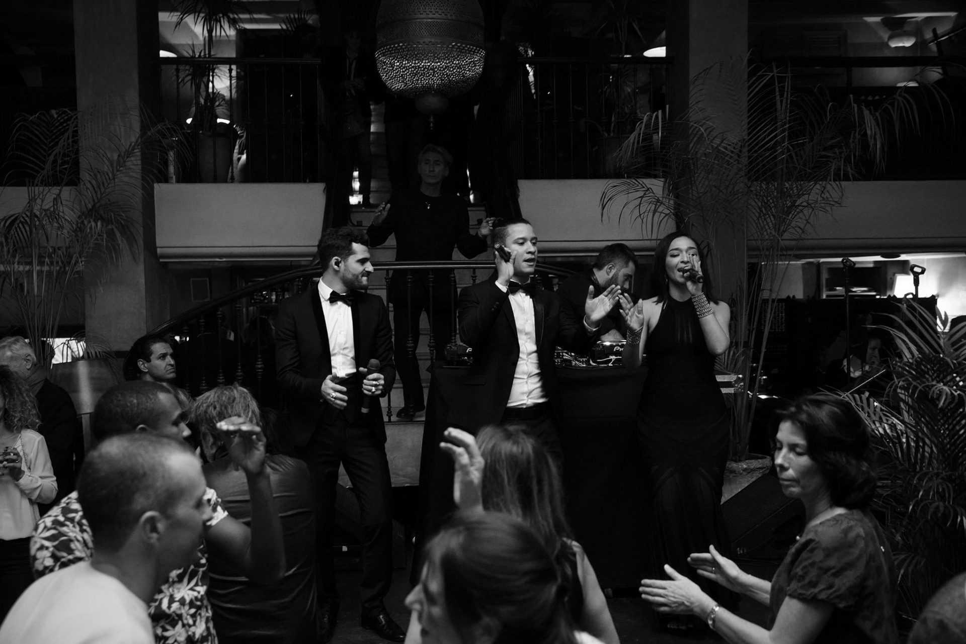 Au Grand Café de la Poste,  en avant la musique !